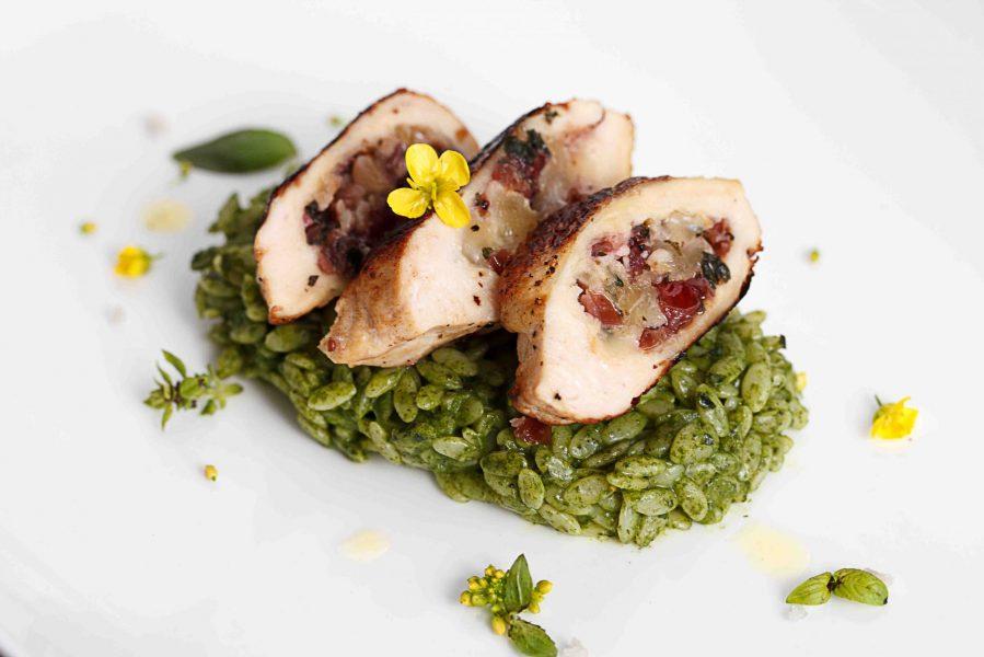 Cranberry-Pepperjack-Stuffed-Chicken-Recipe-min-2