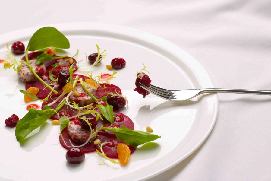 Roasted-cranberry-and-beet-salad-with-cranberry-vinaigrette